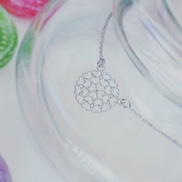 Koronkowy naszyjnik misternie wykonany ze srebra pr 925 ☺ 💎😋💍😆💄👡👛💞😊 https://www.lydiana.pl/pl/c/Srebro-rodowane/20    #silverjewellery #bizuteriasrebrna #bizuteriagwiazd #goldjewellery #zlotabizuteria #jewellery #necklace #naszyjniki #celebrytki #heartnecklace #heart #koronkowy #serce #silvernecklace #love  #milosc #miłość #gifts #prezent  #srebrnynaszyjnik #luxury #lux #topnecklace #naszyjnikcelebrytka #polishgirl #polskadziewczyna #warszawa #poznan #gdansk #lydianajewellery