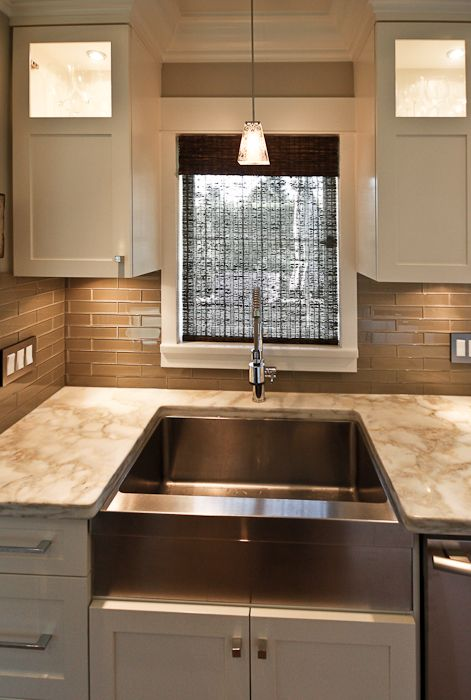Beautiful Kitchen With Cafe Au Lait Walls Paint Color Espresso Bamboo Roman Shade Glass