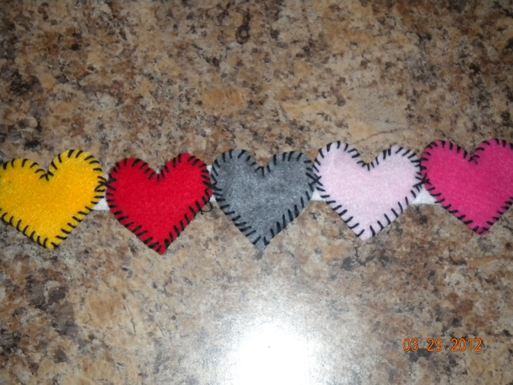 My first heart head band. Kinda rough since it was the prototype but the next should be perfecto!