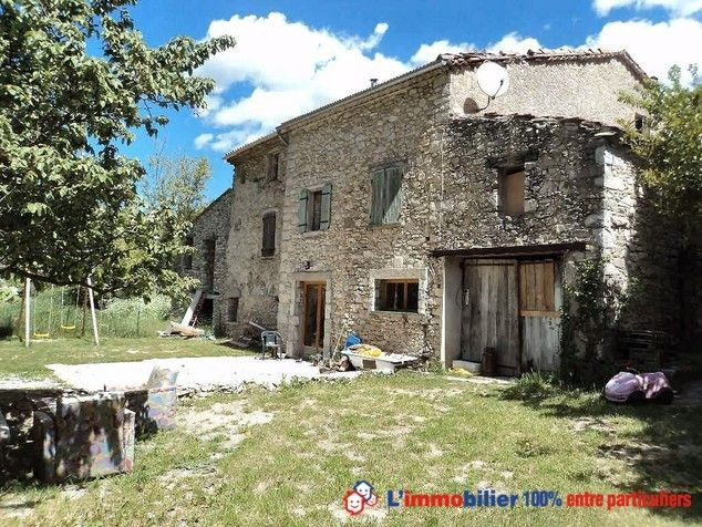 Vous souhaitez réaliser un achat immobilier entre particuliers pour vous installer en Rhône-Alpes ? Découvrez cette maison d'une surface de 100 m² sur 8 hectares de terrain située à Reilhanette dans la Drôme http://www.partenaire-europeen.fr/Actualites-Conseils/Achat-Vente-entre-particuliers/Immobilier-maisons-a-decouvrir/Maisons-a-vendre-entre-particuliers-en-Rhone-Alpes/Achat-immobilier-particulier-Rhone-Alpes-Drome-Reilhanette-maison-20140407 #maison