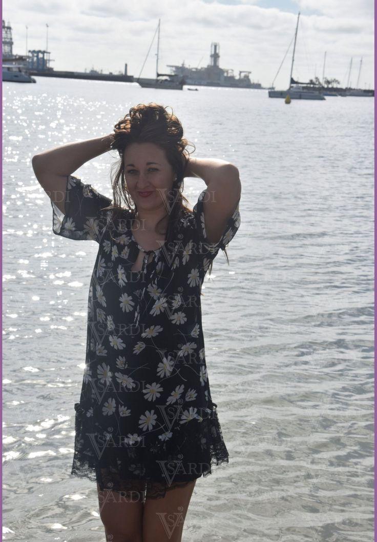 #margaritas #dennyrose #vestido #calleconstantino @visardi #diferente