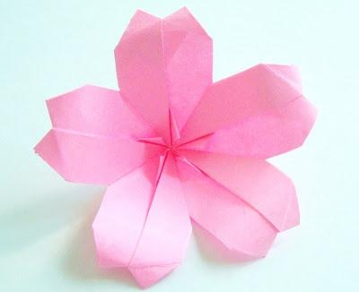 Origami ( 折り紙 ) the art of paper folding