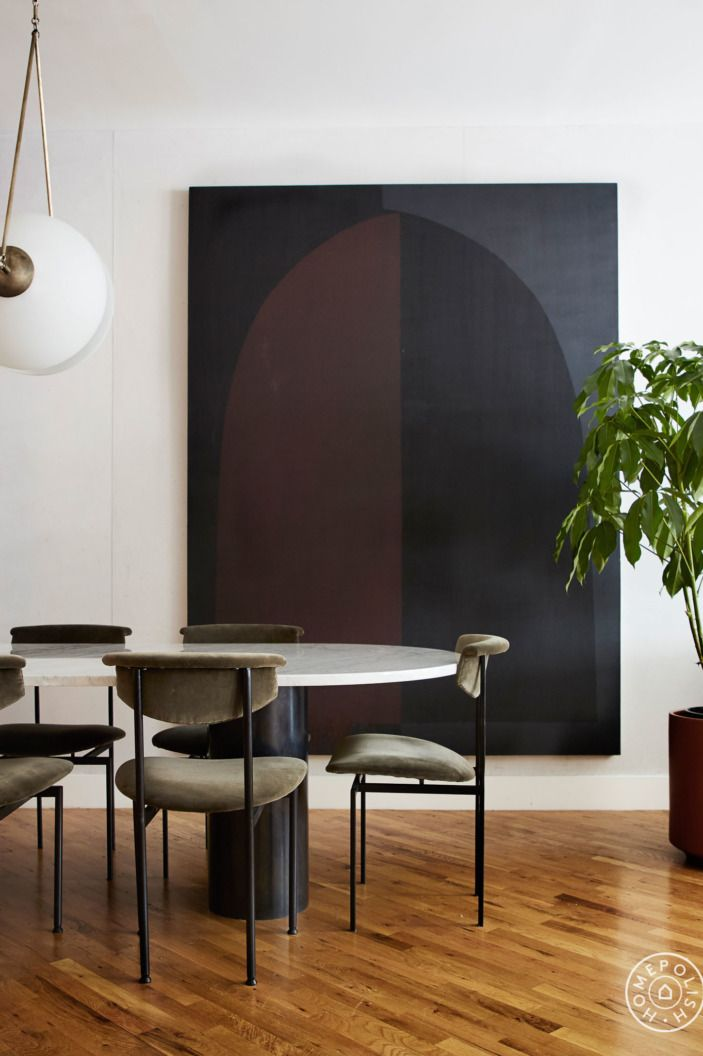 A Designer S Enviable Moody Real Life Rental Minimalist Dining