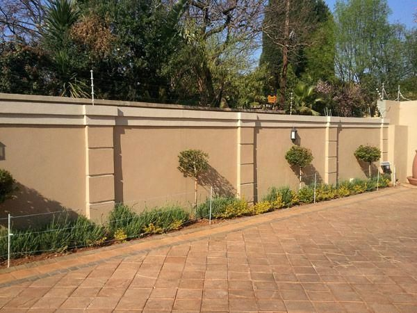 Wall Fencing Designs The Best Compound Wall Design Ideas On Fencing Designs Perimeter South Daze Wall Fenc Compound Wall Design Fence Wall Design Compound Wall
