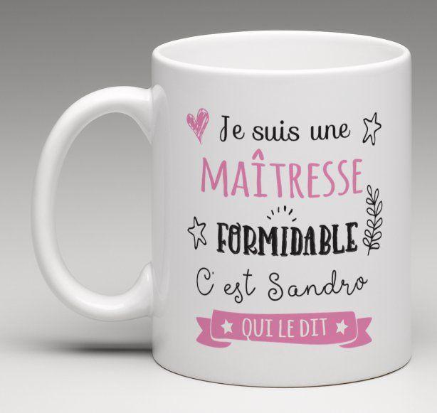 Il n'est pas toujours évident de trouver un cadeau personnalisé à offrir à la maîtresse de votre enfant. Le Monde Bibou vous propose ce mug personnalisable.