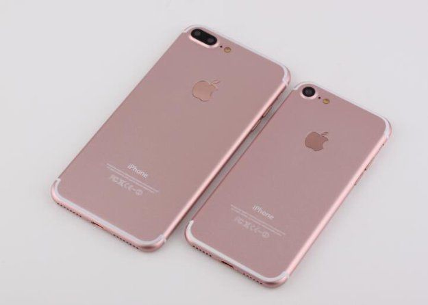 I'm getting the rose gold 128gb iPhone 7 in a couple days  I can't waittt!