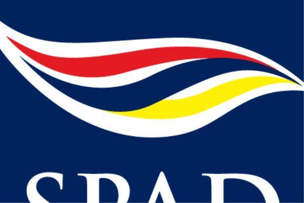 Pemandu teksi caj tambang RM800 dibatalkan lesen dan permit   Suruhanjaya Pengangkutan Awam Darat (SPAD) telah membatalkan lesen pengendali dan lesen kenderaan pemilik teksi yang dipercayai mengenakan tambang RM800 kepada dua pelancong Perancis tahun lepas.  SPAD dalam kenyataan pada Rabu berkata ini berikutan siasatan terhadap aduan pelancong itu yang telah dikenakan tambang tersebut bagi satu perjalanan dari Kuala Lumpur City Centre (KLCC) ke Masjid Negara di sini.  SPAD juga akan…