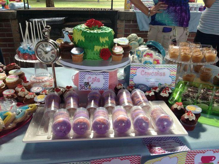 Cheshire's Tail Push Up Cupcakes