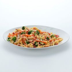 RO*TEL Cheesy Chicken Rotini: Give your usual rotini a creamy kick with Velveeta cheese.