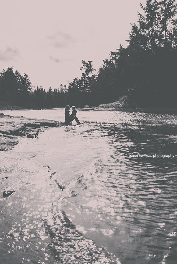 Vancouver Island Family / Family Photography / Family Photos/ Island Moments Photography / Mother/Daughter Photos