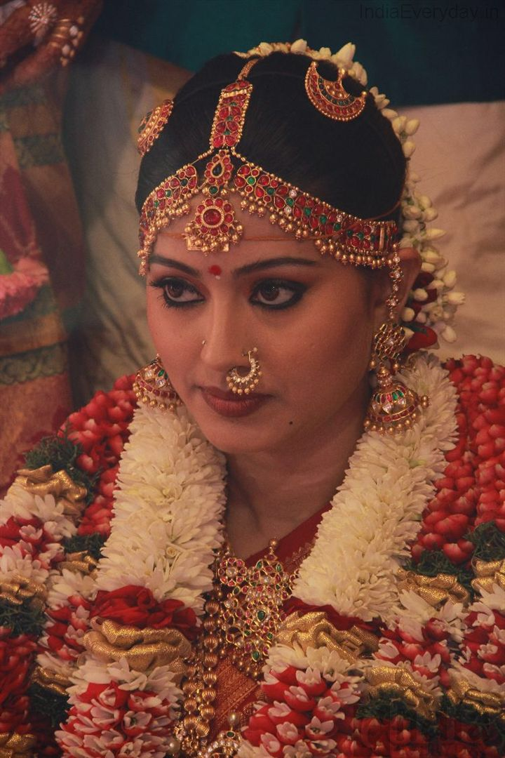 Traditional temple jewellery for brides