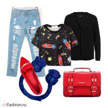 Молодежный лук, рваные бойфренды, футболка с ракетами, красная сумка