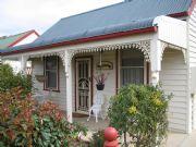1899 Miner's Cottage - Australian homes