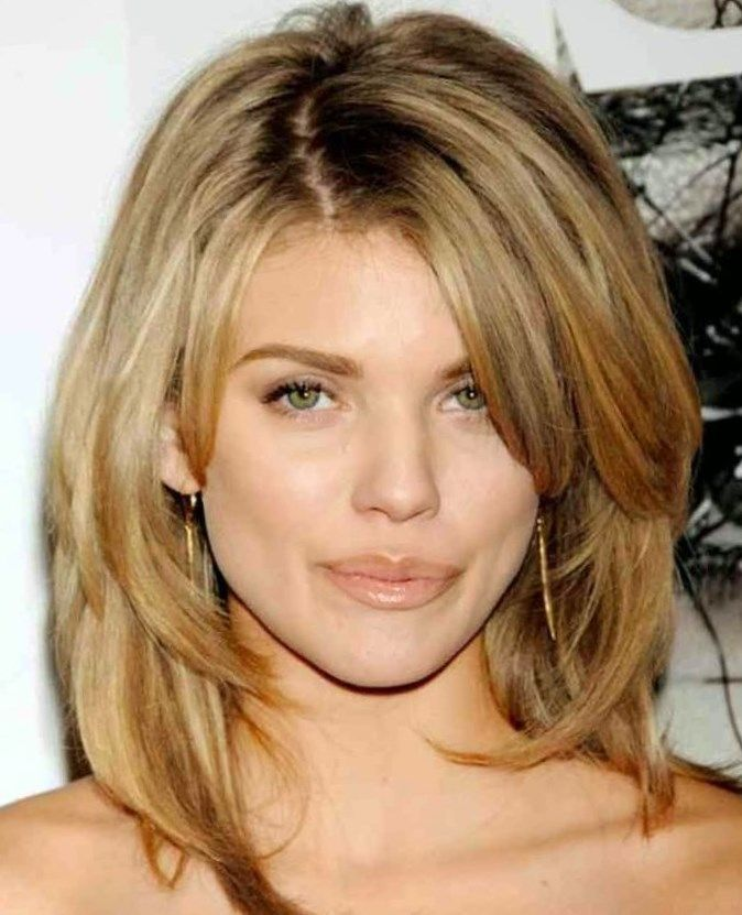 Coolest Long Layered Hairstyles New Haircuts To Try For 2017 Feathered Haircuts For Medium Hair