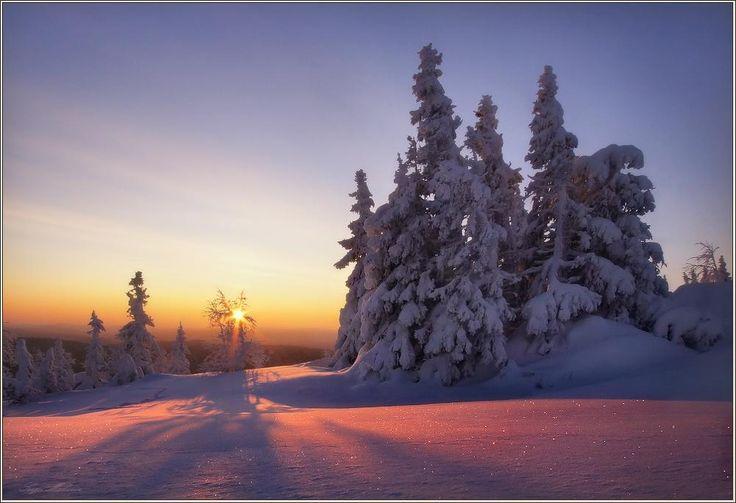 В моих драгоценных снегах #пейзаж #природа #урал #зима #горы #снег #рассвет#пейзаж #природа #урал #зима #горы #снег #рассвет Photographer: Бродяга с севера