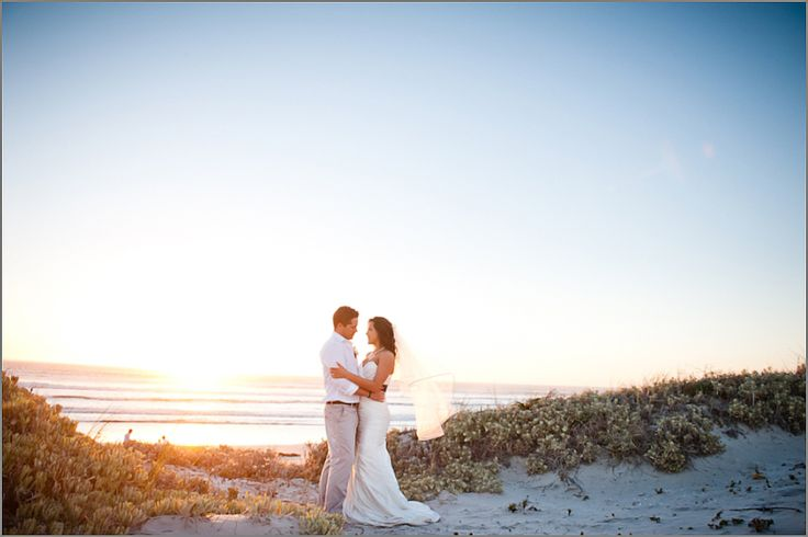 West Coast wedding perfection ~ Strandkombuis wedding venue