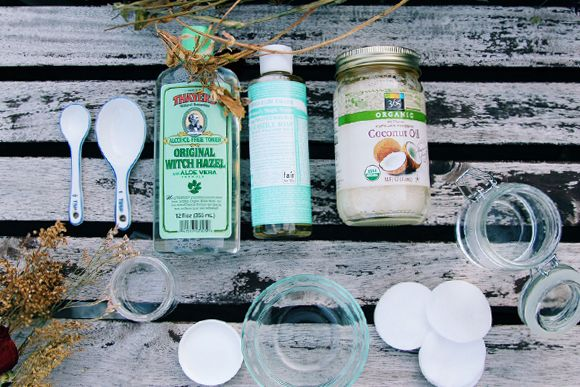 3 Ingredient Makeup Remover (All Natural!) | Free People Blog #freepeople