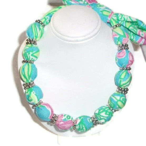 Lilly fabric necklace.