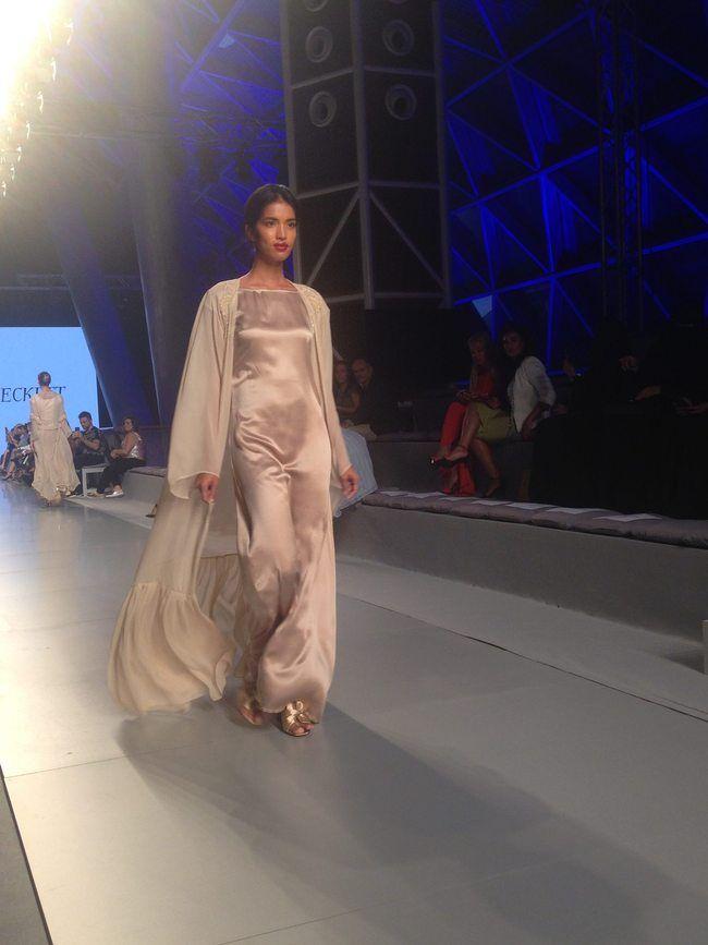 La moda islámica, delicada y asumida, desfila en la Arab Fashion Week - Noticias : Desfiles (#830284)