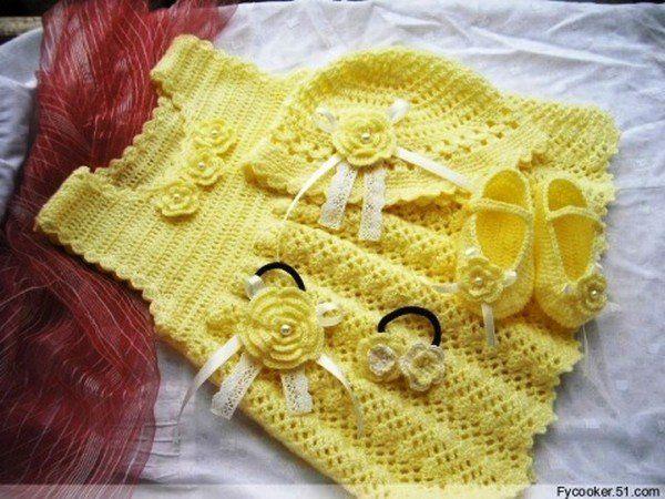 3 robes colorées et leurs grilles gratuites ! - Modèles pour Bébé au Crochet