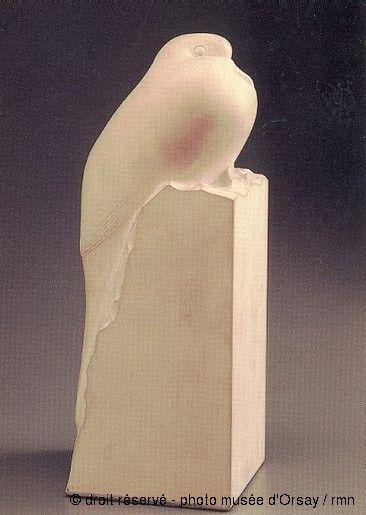 François Pompon Tourterelle, 1919 Statuette en pierre H. 0.232 ; L. 0.091 ; P. 0.09 musée d'Orsay, Paris, France