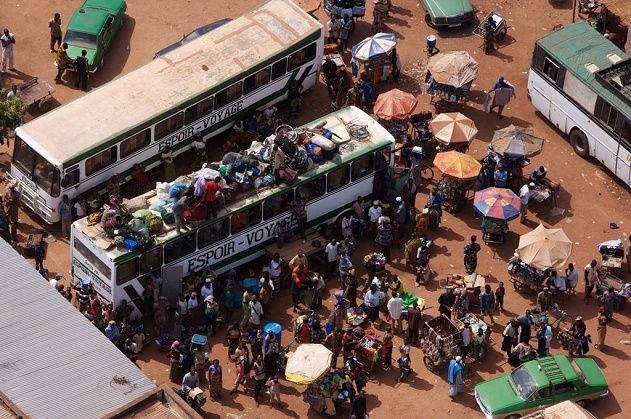 Cars à Bobo-Dioulasso, Hauts-Bassins, Burkina Faso