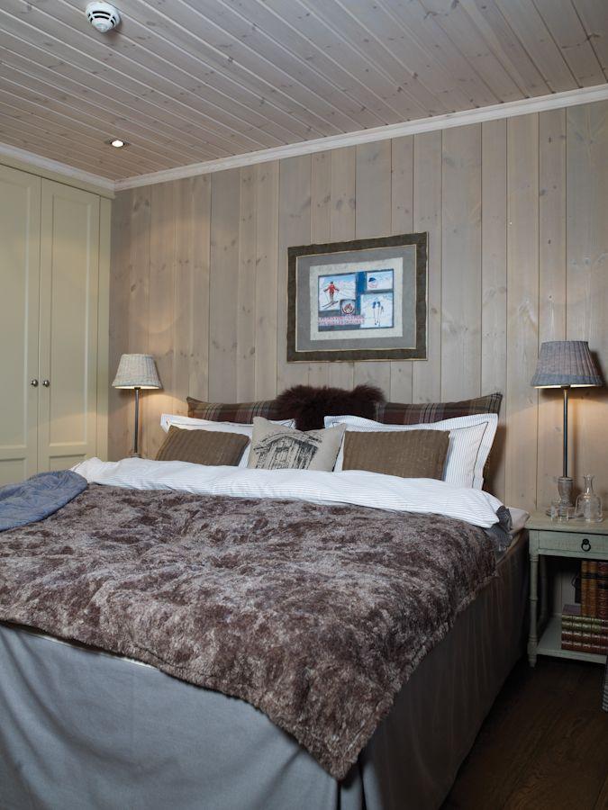 Lovely Wooden Bedroom By Vyrk Valdres I 2020 Mobler Ideer