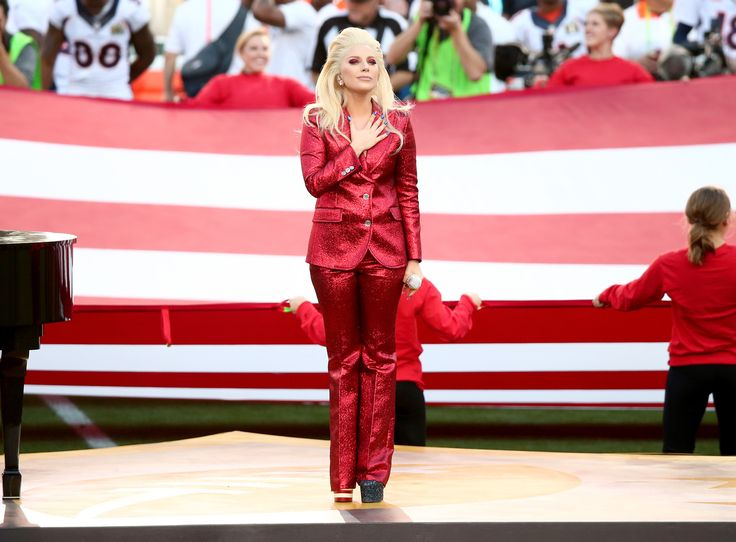 Lady Gaga brings down the house with rousing 'National Anthem' at Super Bowl 50