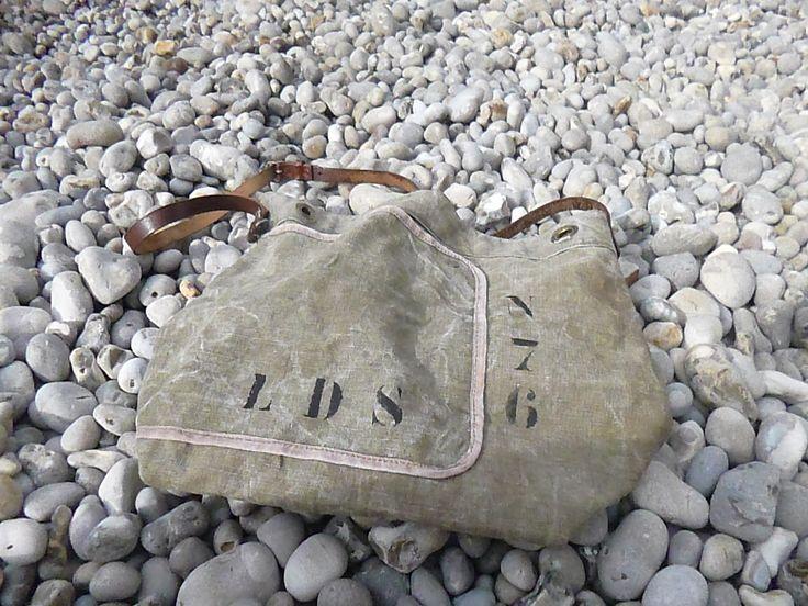 sac cabas en toile militaire kaki vintage double faces avec lani re en cuir reglable vintage. Black Bedroom Furniture Sets. Home Design Ideas