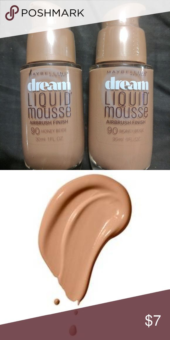 Set of Maybelline Dream Liquid Mousse Achieve the look of completely poreless skin with a perfected airbrushed finish. Lightweight and breathable, this 8-hour liquid foundation delivers cake-free, medium coverage that moisturizes all day.  Dermatologist tested Allergy tested Non-comedogenic Ideal for normal skin Suitable for sensitive skin Achieve the look of 100% poreless skin Airbrushed finish Ideal for normal skin  Apply to the face and blend with fingertips or the Dream Blender…