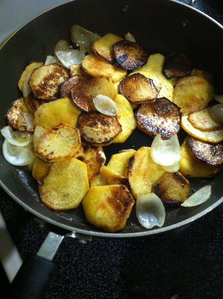There are few things I like better than my mother's fried potatoes. And whenever she makes them, I'll eat them without a second thought. But after completing the Whole30, I don't …