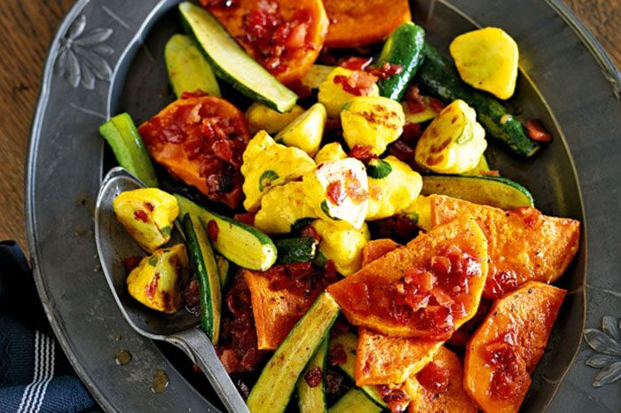 #Roasted #squash with #maple #bacon Ingredients : 1/2 (about 950g) Butternut pumpkin, peeled, seeded, cut crossways into 1cm-thick slices 2 tbs olive oil 500g small yellow squash, halved 6 (about 750g) small zucchini, trimmed, halved lengthways 6 rindless bacon rashers, coarsely chopped 125ml (1/2 cup)…Read more at http://fredsfruit.com/ #Healthy #Food #Fruits #Fruit #Vegetable #Recipe #Pumpkin #Recipes #Coconut #Prawn #Potato #Halal  http://fredsfruit.com/roasted-squash-with-maple-bacon/