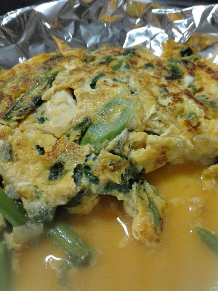 特製!オムレツ! 蒸し鶏 のらぼう 蒸し鶏スープ    卵をまとわせて火を入れると蒸し鶏が柔らかいまま温まる