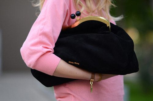.: Miumiu, Oversized Clutch, Fashion, Handbags, Style, Miu Clutches, Coins Pur, Miu Miu, Big Bags
