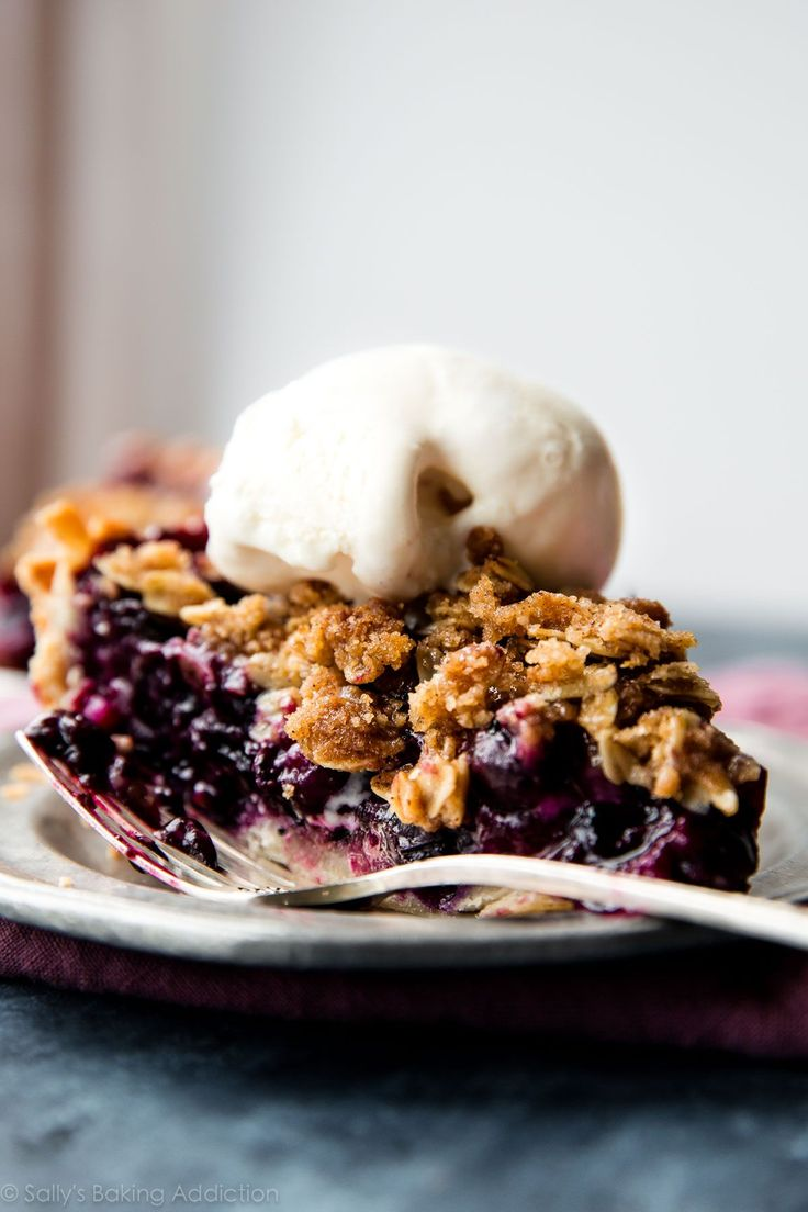 Use up summer's fresh blueberries in this buttery, juicy, and completely delicious blueberry crumble pie. It tastes even better with ice cream on top!