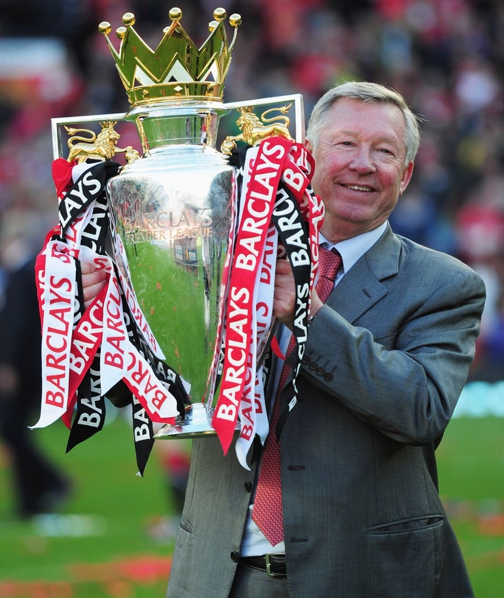 Alex Ferguson lifts the Premier League trophy at Old Trafford on May 22, 2011