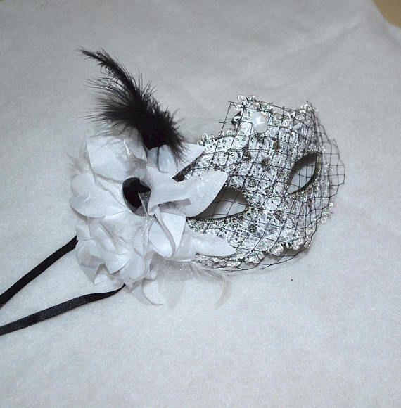 White and Black Masquerade Bridal Mask Mascarade mask white