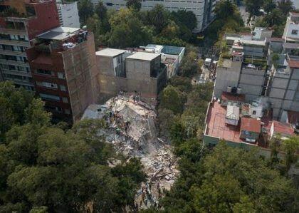 http://www.beritanusantara.id/2017/09/20/119-orang-tewas-akibat-gempa-besar-di-meksiko/