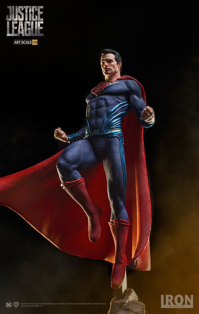 Justice League Superman 1:10 Scale Statue