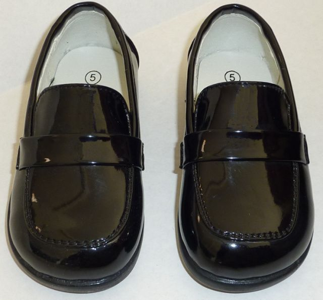 Little Boys Shiny Black Dress Shoes