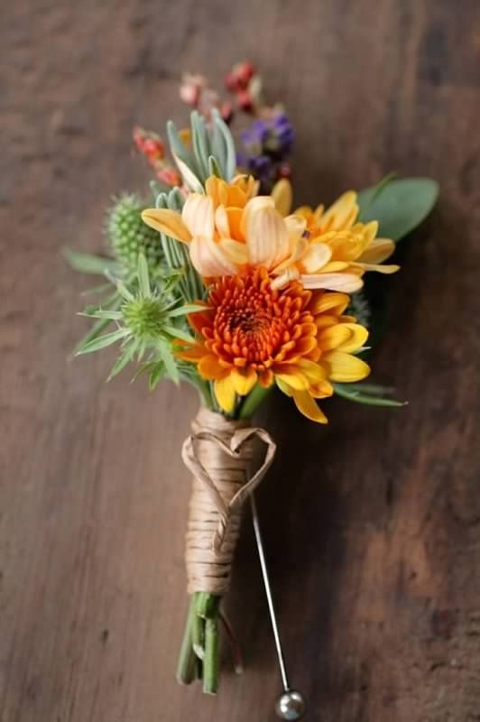 Fall wedding boutonnière