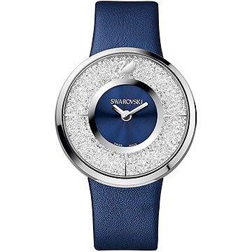 Swarovski Dameshorloge Chrystalline Blue 1184026.   Voeg elke dag een beetje sprankeling toe met dit stijlvolle horloge uit de Swarovski collectie. Het gebruik van swarovski kristallen en de ronde kast geven dit model een fashionable en trendy uitstraling. De zilverkleurige kast is van edelstaal, rondom de blauwe wijzerplaat gevuld met ongeveer 800 swarovski kristallen. #swissmade #crystals #swarovski #luxury #trendy https://www.timefortrends.nl/horloges/swarovski.html