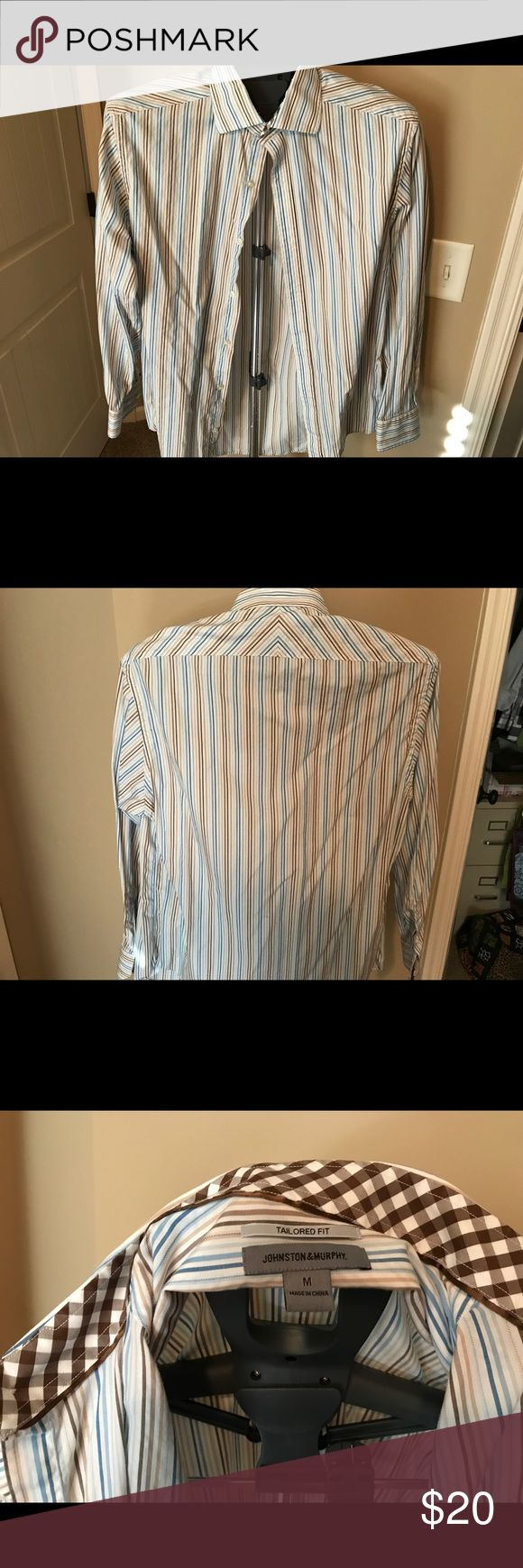 Johnston & Murphy tailored fit shirt Like new Men's Johnston & Murphy button down shirt. Blue brown tan stripes. Size medium Johnston & Murphy Shirts Casual Button Down Shirts
