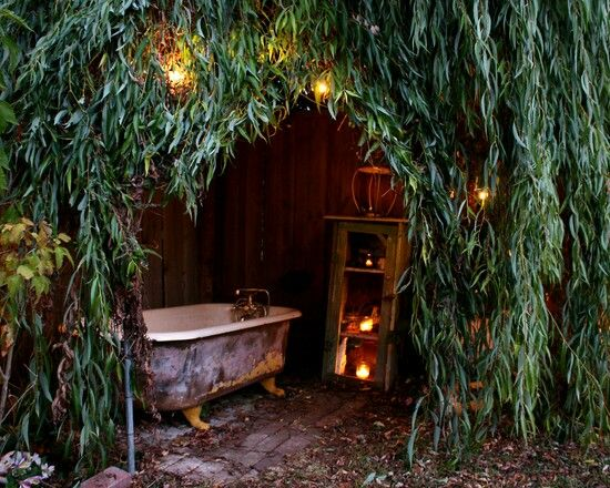 outdoor bathtub private bathing area rustic shed pinterest outdoor bathtub showers and. Black Bedroom Furniture Sets. Home Design Ideas