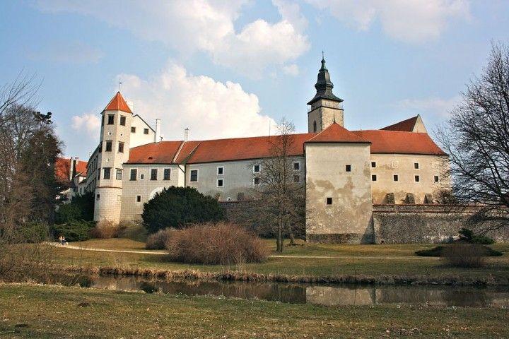 Телч замок, замки и дворцы в Чехии