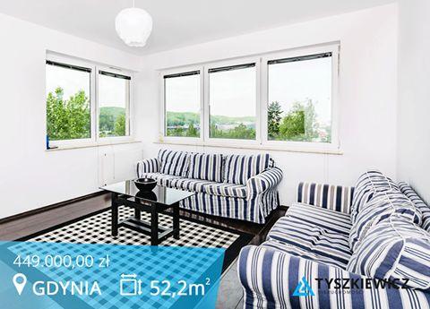 Szukasz mieszkania z widokiem?  Poznaj ten wyjątkowy apartament i ciesz się niezwykłą panoramą Redłowa i Wzgórza Św. Maksymiliana, którą dostrzeżesz z okien.  Poczuj komfort mieszkania w ekskluzywnym budynku.  #gdynia #dzieci #morze CHCESZ WIEDZIEĆ WIĘCEJ? KLIKNIJ W ZDJĘCIE