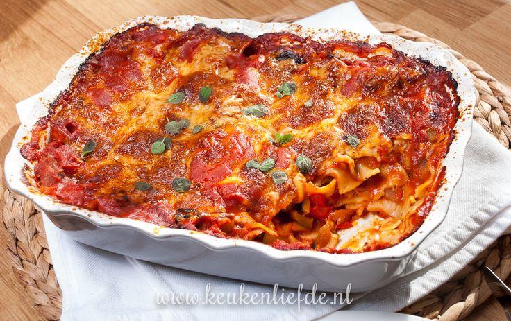 Een heerlijke variant op lasagne is lasagnette. Lasagnette zijn mini-lasagnebladeren die je ongekookt door de pastasaus roert. Ze garen vervolgens in de