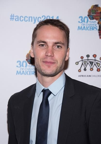 Taylor Kitsch and Rachel McAdams Have PDA-Packed Brunch Date; Pictures Released! - http://imkpop.com/taylor-kitsch-and-rachel-mcadams-have-pda-packed-brunch-date-pictures-released/