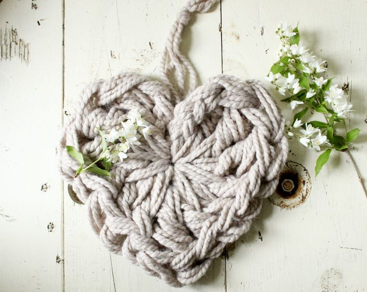 How To Hand Crochet a 10 Inch Heart | SimplyMaggie.com