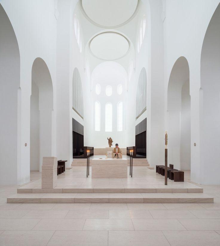 The-Architects-Choice-john-pawson-st-moritz-church-01.jpg